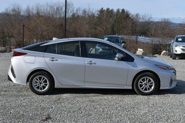 2017 Toyota Prius Prime Naugatuck, Connecticut 5