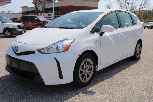 2017 Toyota Prius v Two St. Louis, Missouri 2