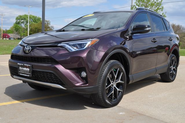 2017 Toyota RAV4 SE in Bettendorf, Iowa 52722