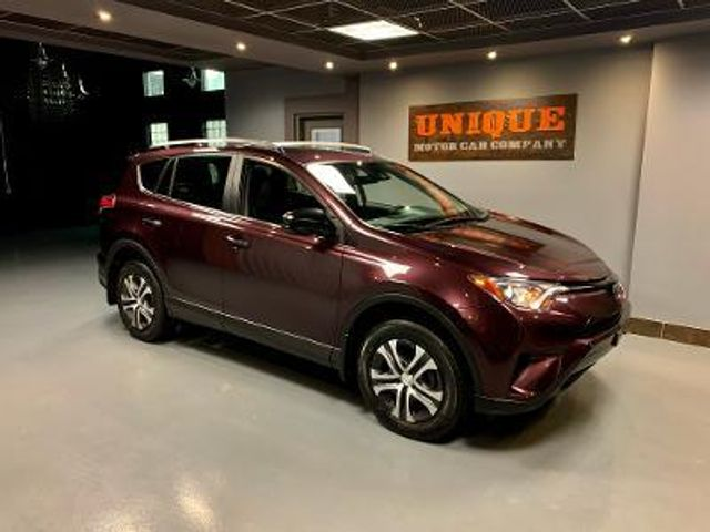 2017 Toyota RAV4 LE in , Pennsylvania 15017