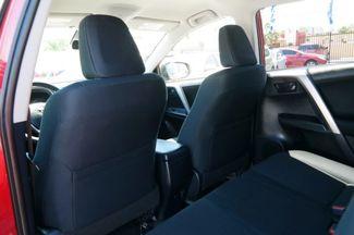 2017 Toyota RAV4 LE Hialeah, Florida 27