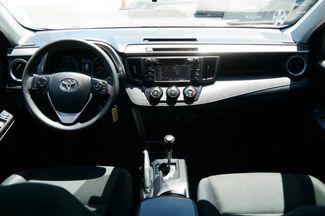 2017 Toyota RAV4 LE Hialeah, Florida 29