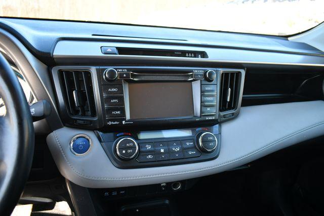 2017 Toyota RAV4 Hybrid XLE Naugatuck, Connecticut 22