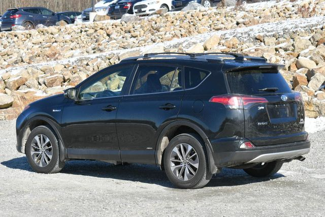 2017 Toyota RAV4 Hybrid XLE Naugatuck, Connecticut 4
