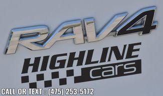 2017 Toyota RAV4 Hybrid XLE Waterbury, Connecticut 11