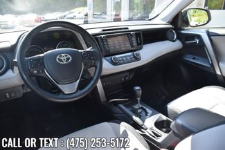 2017 Toyota RAV4 Hybrid XLE Waterbury, Connecticut 19