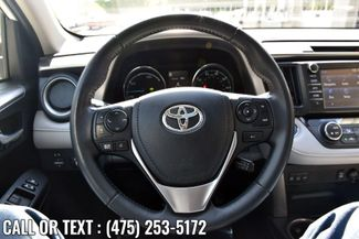 2017 Toyota RAV4 Hybrid XLE Waterbury, Connecticut 29