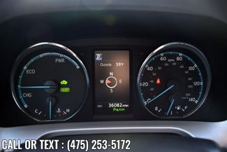 2017 Toyota RAV4 Hybrid XLE Waterbury, Connecticut 32