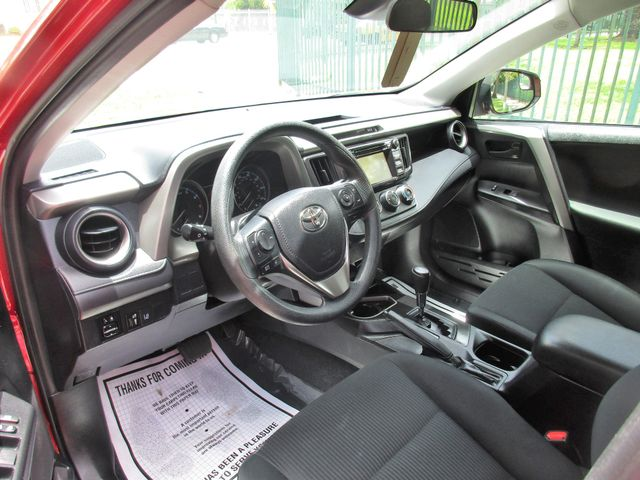 2017 Toyota RAV4 LE Miami, Florida 7