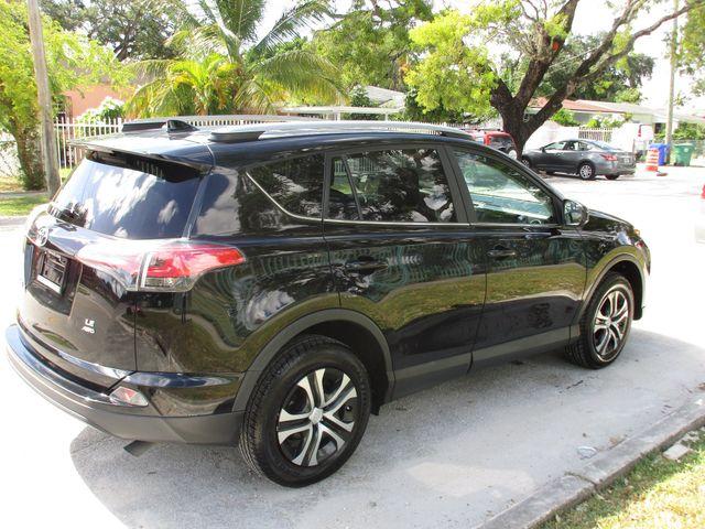 2017 Toyota RAV4 LE Miami, Florida 3