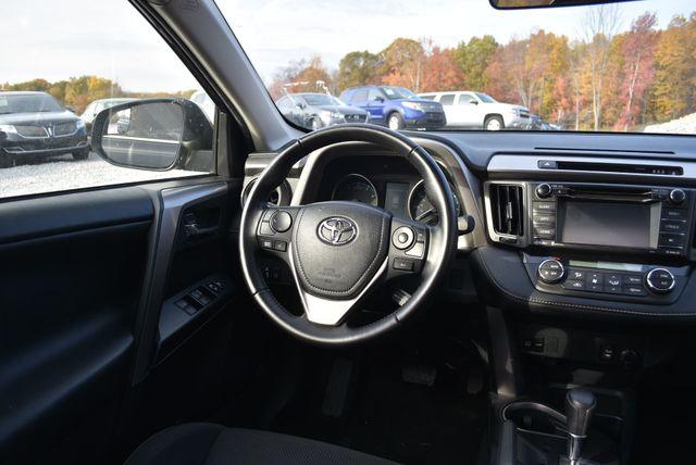 2017 Toyota RAV4 XLE Naugatuck, Connecticut 10