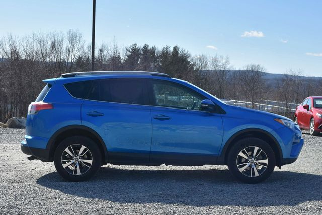 2017 Toyota RAV4 XLE Naugatuck, Connecticut 5