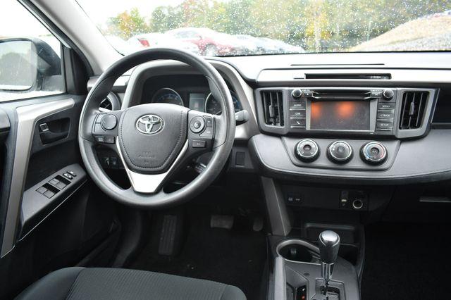 2017 Toyota RAV4 LE Naugatuck, Connecticut 16