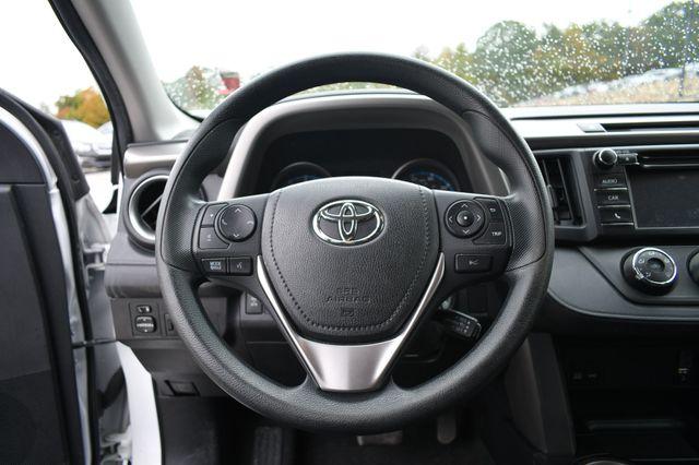 2017 Toyota RAV4 LE Naugatuck, Connecticut 21
