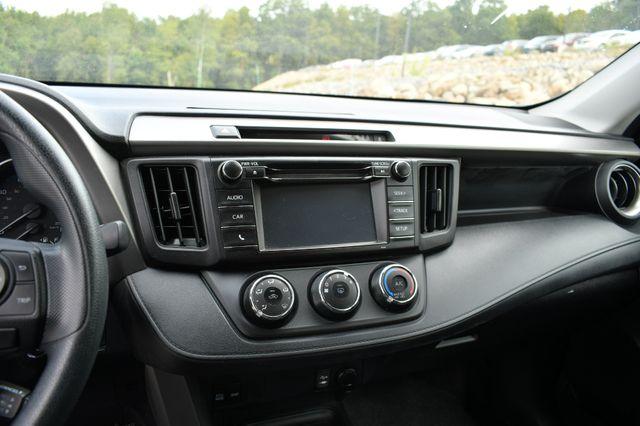 2017 Toyota RAV4 LE Naugatuck, Connecticut 20
