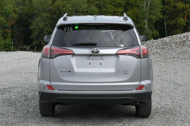 2017 Toyota RAV4 LE Naugatuck, Connecticut 2