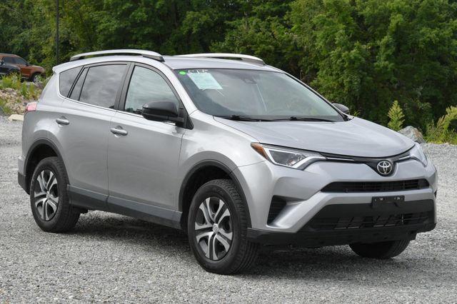 2017 Toyota RAV4 LE Naugatuck, Connecticut 5