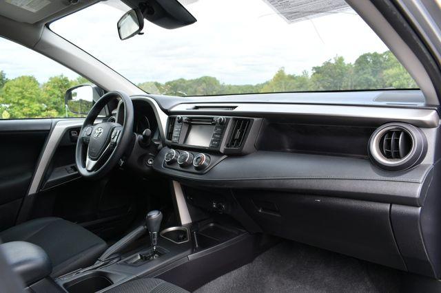 2017 Toyota RAV4 LE Naugatuck, Connecticut 7