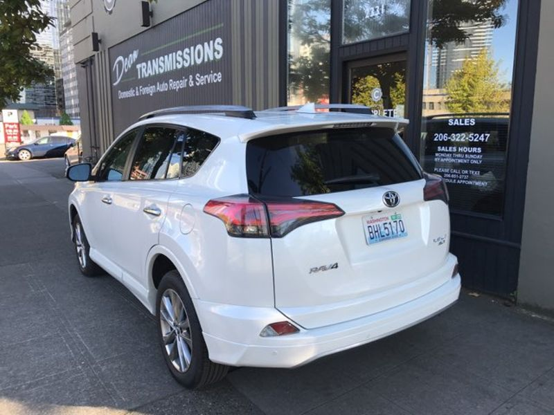 2017 Toyota RAV4 Platinum Edition 3700 Miles Local 1 Owner  All Options Like New Save 1000s MUST SELL  city Washington  Complete Automotive  in Seattle, Washington