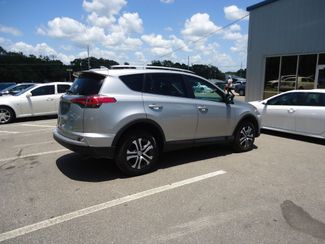 2017 Toyota RAV4 LE SEFFNER, Florida 13
