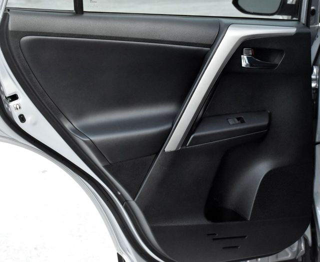 2017 Toyota RAV4 XLE Waterbury, Connecticut 23