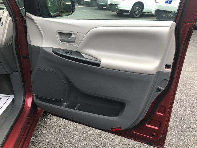 2017 Toyota Sienna LE handicap wheelchair van rear entry.. Dallas, Georgia 18