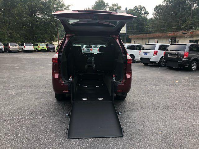 2017 Toyota Sienna LE handicap wheelchair van rear entry.. Dallas, Georgia 2