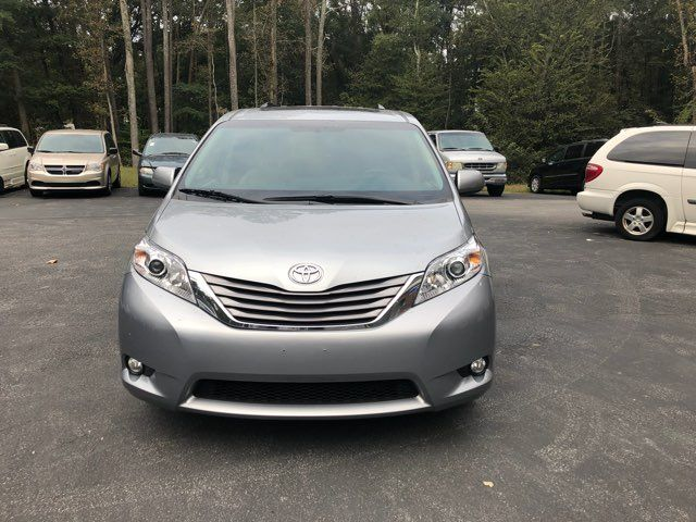 2017 Toyota Sienna XLE handicap wheelchair van Dallas, Georgia 14