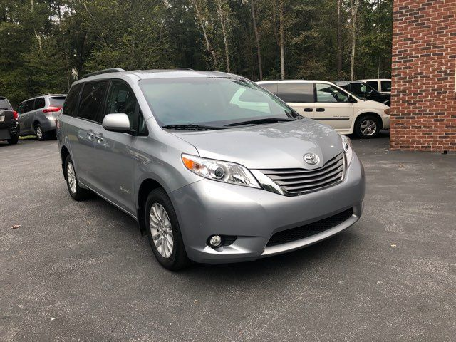 2017 Toyota Sienna XLE handicap wheelchair van Dallas, Georgia 15