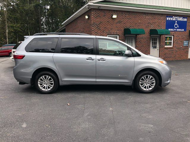 2017 Toyota Sienna XLE handicap wheelchair van Dallas, Georgia 16