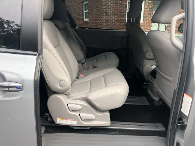 2017 Toyota Sienna XLE handicap wheelchair van Dallas, Georgia 19