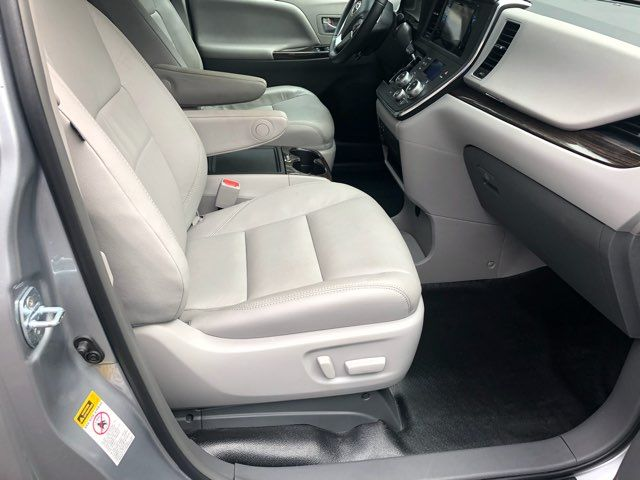 2017 Toyota Sienna XLE handicap wheelchair van Dallas, Georgia 21