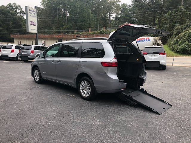 2017 Toyota Sienna XLE handicap wheelchair van Dallas, Georgia 2