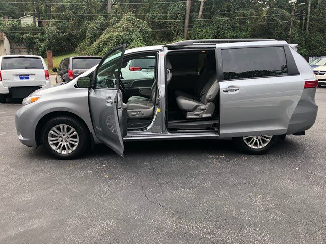 2017 Toyota Sienna XLE handicap wheelchair van Dallas, Georgia 6