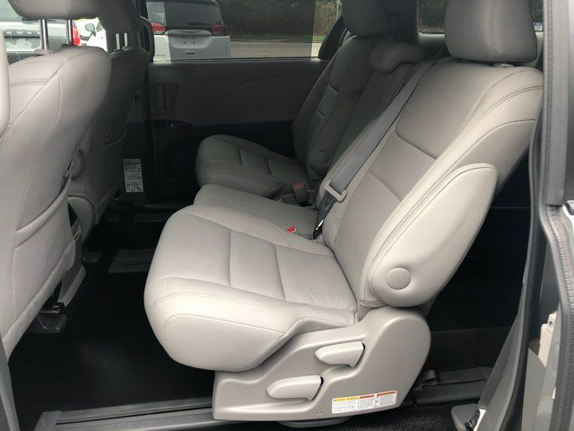 2017 Toyota Sienna XLE handicap wheelchair van Dallas, Georgia 7