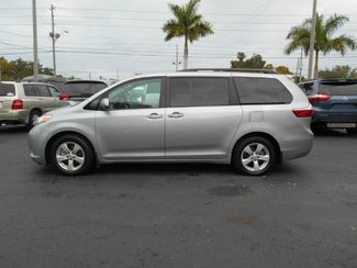 2017 Toyota Sienna Le Wheelchair Van Handicap Ramp Van Pinellas Park, Florida 2