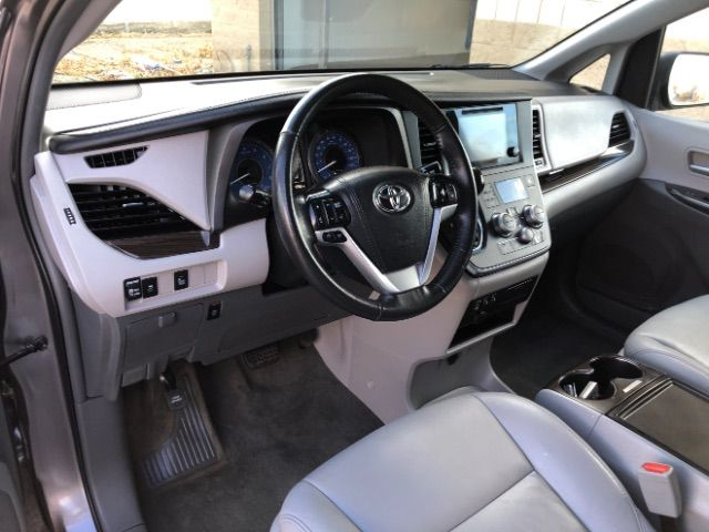 2017 Toyota Sienna XLE 7-Passenger AWD LINDON, UT 12