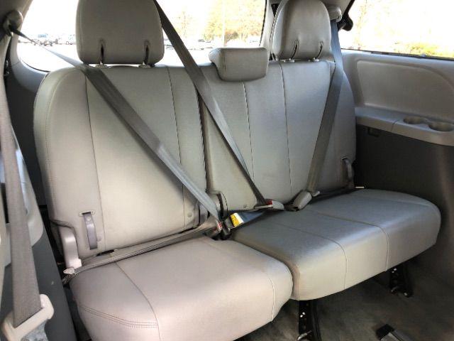 2017 Toyota Sienna XLE 7-Passenger AWD LINDON, UT 30