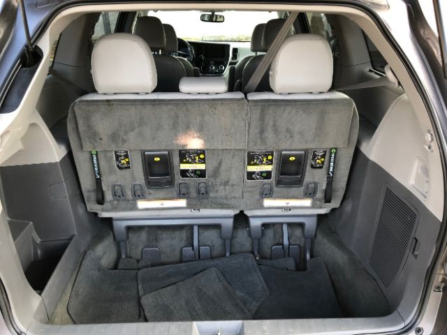 2017 Toyota Sienna XLE 7-Passenger AWD LINDON, UT 31