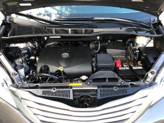2017 Toyota Sienna XLE 7-Passenger AWD LINDON, UT 38