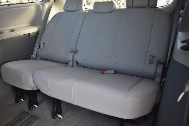 2017 Toyota Sienna XLE Naugatuck, Connecticut 12