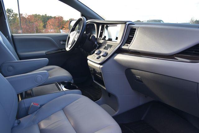 2017 Toyota Sienna XLE Naugatuck, Connecticut 8