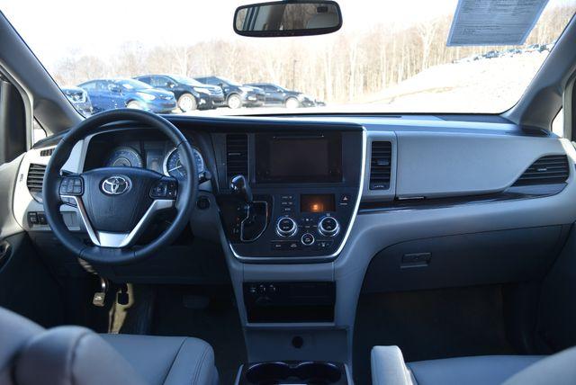 2017 Toyota Sienna XLE Naugatuck, Connecticut 14