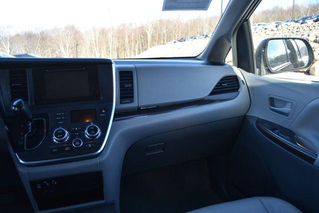 2017 Toyota Sienna XLE Naugatuck, Connecticut 15