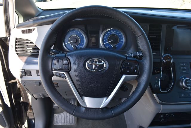2017 Toyota Sienna XLE Naugatuck, Connecticut 20