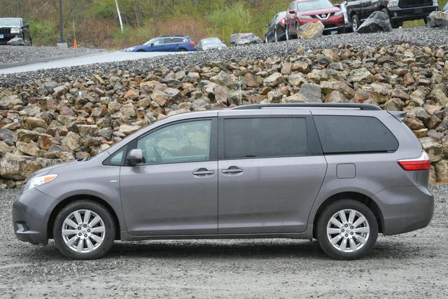 2017 Toyota Sienna LE Naugatuck, Connecticut 1