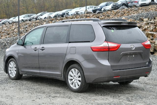 2017 Toyota Sienna LE Naugatuck, Connecticut 2