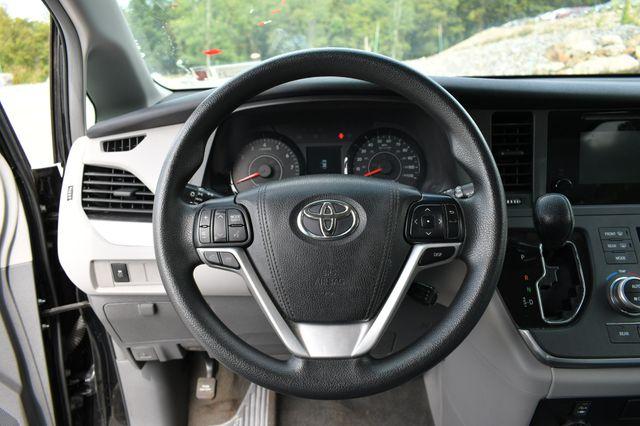 2017 Toyota Sienna L Naugatuck, Connecticut 20