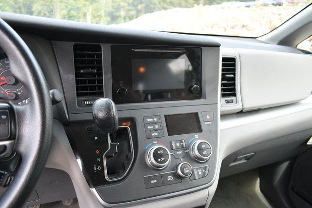 2017 Toyota Sienna L Naugatuck, Connecticut 21
