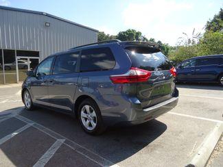 2017 Toyota Sienna LE SEFFNER, Florida 11